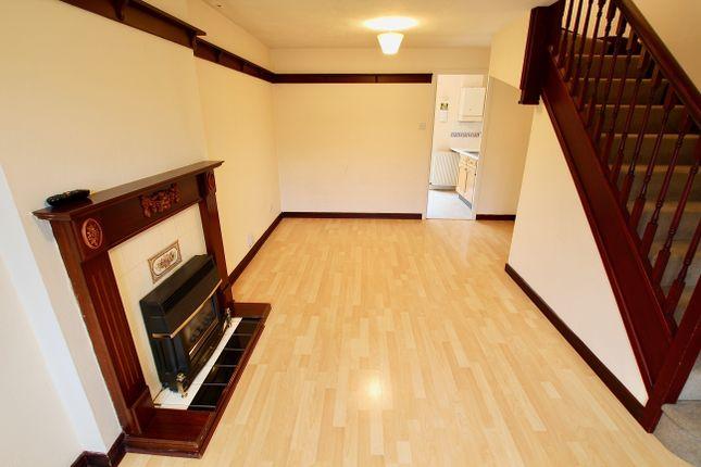 Living Room of Seagrave Close, Oakwood, Derby DE21