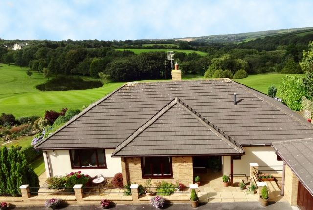 Thumbnail Bungalow for sale in Bowood Park, Lanteglos, Camelford
