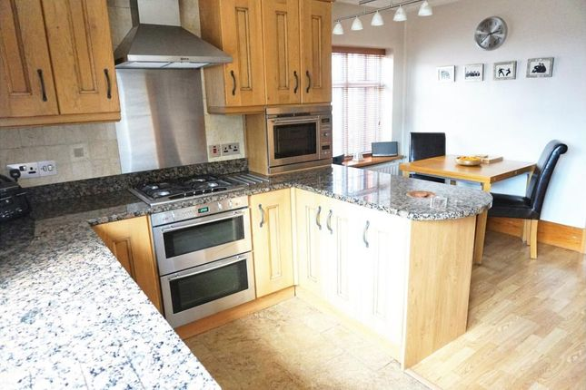 Thumbnail Detached house to rent in Garstang Road, Fulwood, Preston