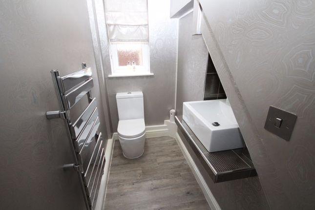 Downstairs W/C of Shottwood Fold, Littleborough OL15