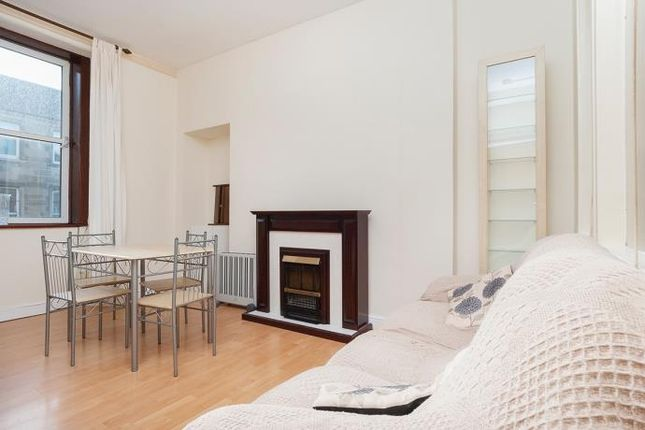 Thumbnail Terraced house to rent in Lorne Street, Edinburgh