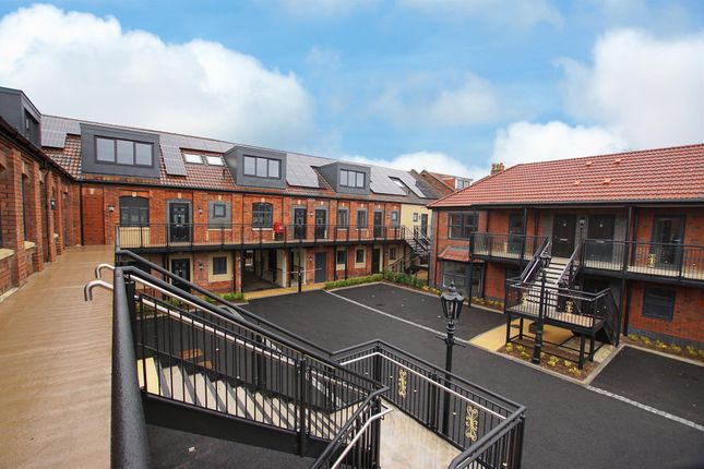 Thumbnail Flat for sale in Beaconsfield Road, St. George, Bristol