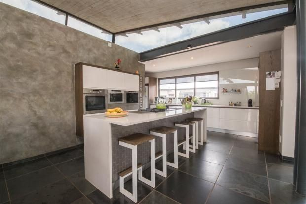Picture No. 02 of 44 Gift Acres Estate, Lynnwood, Pretoria, Gauteng