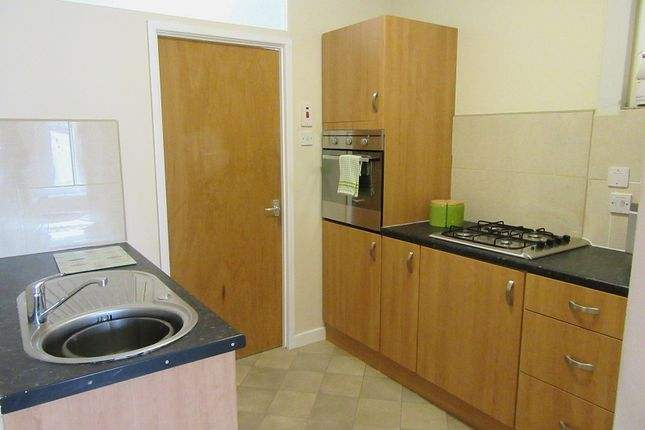 Thumbnail 1 bed flat to rent in Bryn Road, Loughor, Swansea