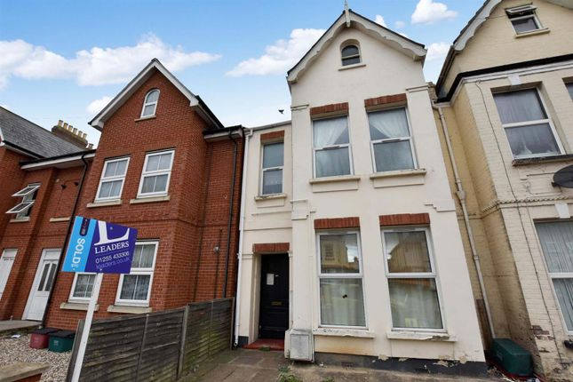 2 bed maisonette to rent in Wellesley Road, Clacton-On-Sea