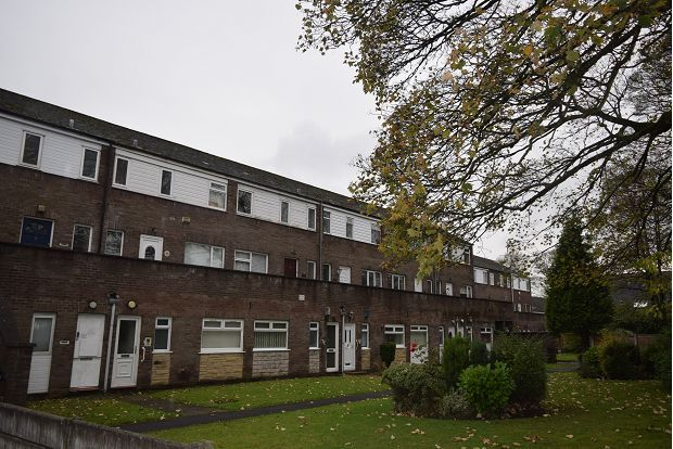Thumbnail Flat to rent in Pendle Court, Bolton
