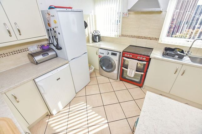 Kitchen of Kenyon Way, Little Hulton, Manchester M38
