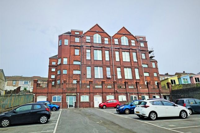 2 bed flat to rent in Kilvey Terrace, St Thomas, Swansea, City And County Of Swansea. SA1
