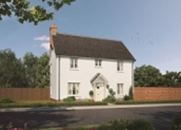 Thumbnail Semi-detached house for sale in Harwich Road, Mistley, Manningtree, Essex