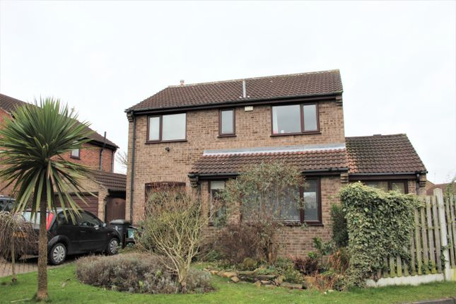 Thumbnail Detached house for sale in Meadow Way, Tadcaster