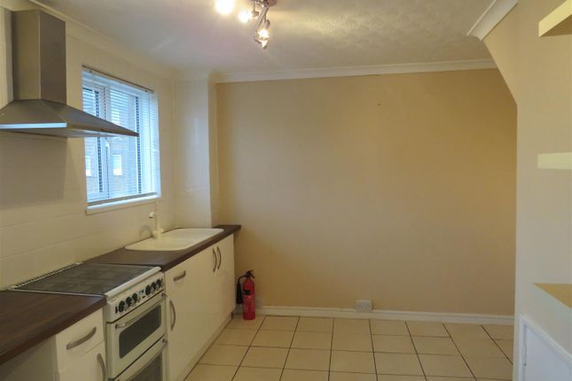Thumbnail Flat to rent in Ty Meriel, Llanelli