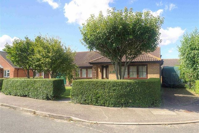 Thumbnail Bungalow for sale in Hopfield, Hibaldstow, Brigg