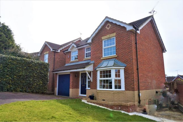 Thumbnail Detached house for sale in Milborne Road, Crawley