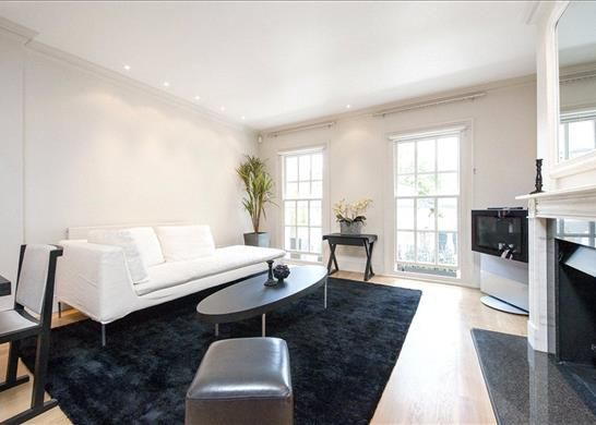Thumbnail Mews house for sale in The Courtyard, Old Church Street, Chelsea