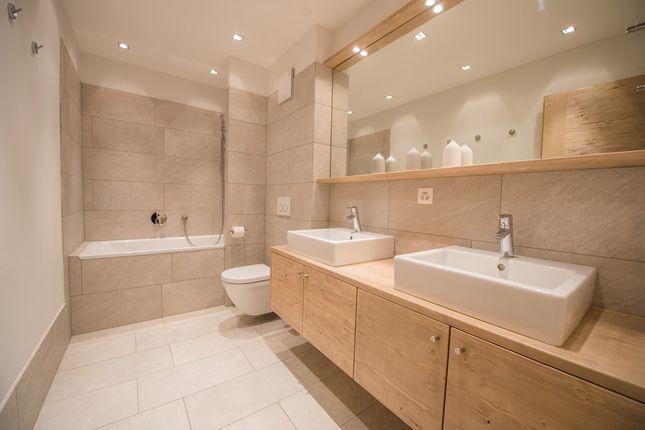 Example Bathroom of Route Des Rahas Grimentz, Valais, Switzerland