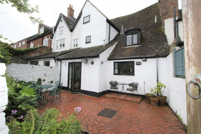 Thumbnail Cottage to rent in Market Street, Poole