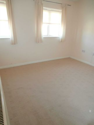 2 bed town house to rent in Mill Chase Road, Wakefield WF2