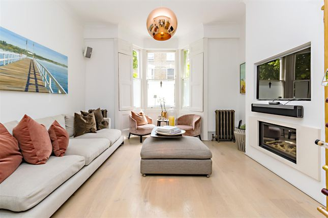 Thumbnail Property to rent in Woodsome Road, Dartmouth Park, London