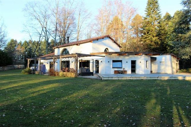 Thumbnail Villa for sale in Panazol, Limousin, France