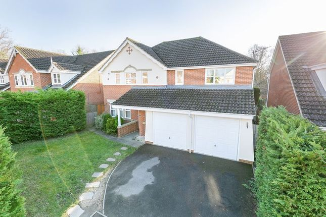 Thumbnail Detached house for sale in Abergavenny Gardens, Copthorne, West Sussex
