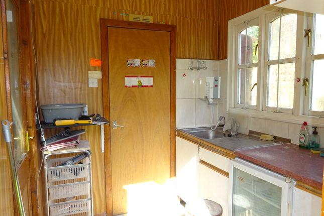 Kitchen Preparation Room