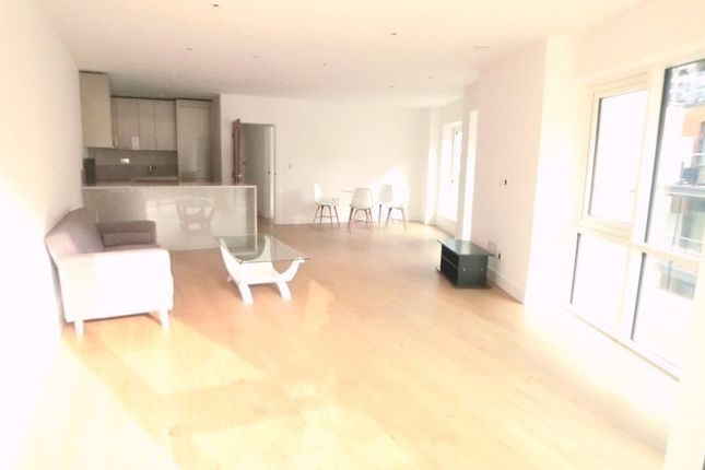 Thumbnail Flat to rent in New Board Way, Ealing