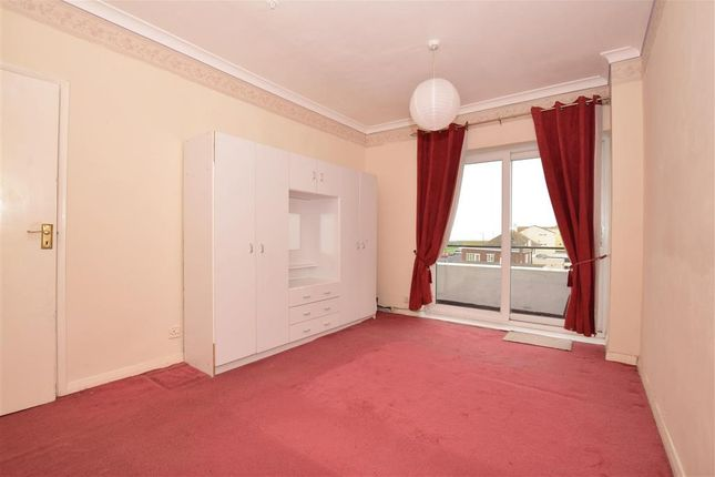 Bedroom 1 of Northumberland Avenue, Cliftonville, Margate, Kent CT9