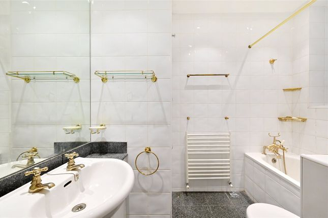 Bathroom of Crompton Court, Brompton Road, London SW3