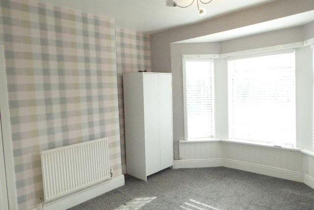 Bedroom 1 of Southcoates Lane, Hull HU9