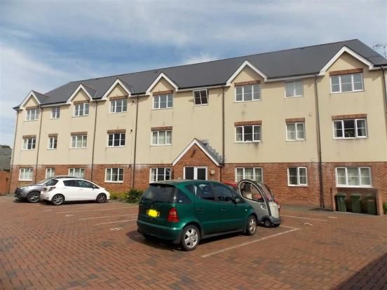 Thumbnail Flat to rent in Mountain Ash Road, Abercynon, Mountain Ash