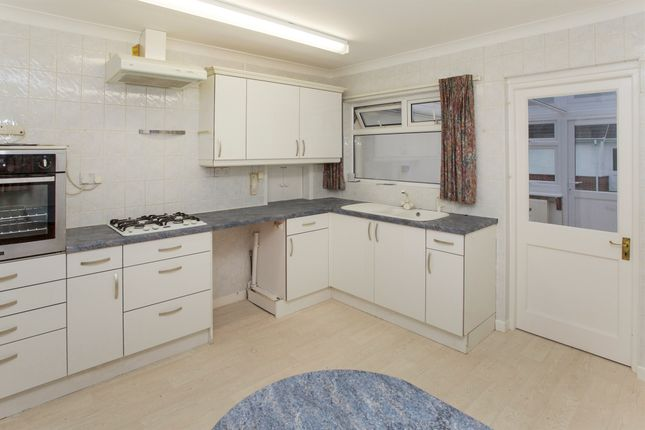 Thumbnail Detached bungalow for sale in Hampton Drive, Ringwood