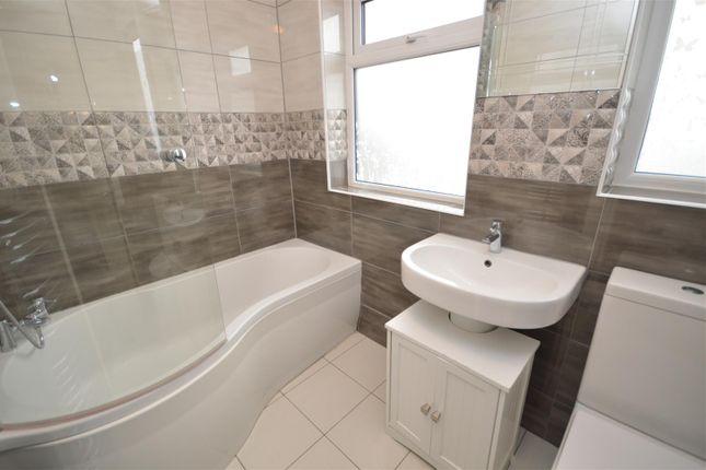 Bathroom of Daventry Road, Cheylesmore, Coventry CV3