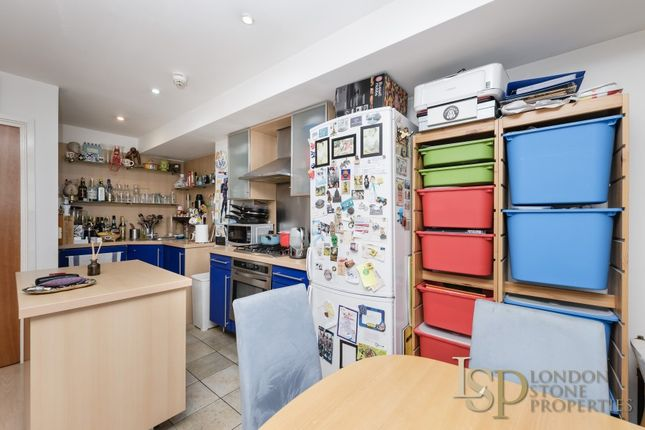Kitchen Area of Hopton Road, London SE18