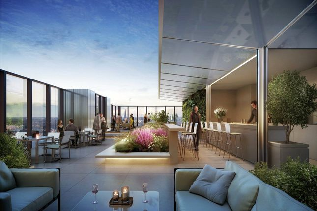 Thumbnail Flat for sale in South Quay Plaza, Marsh Wall, London