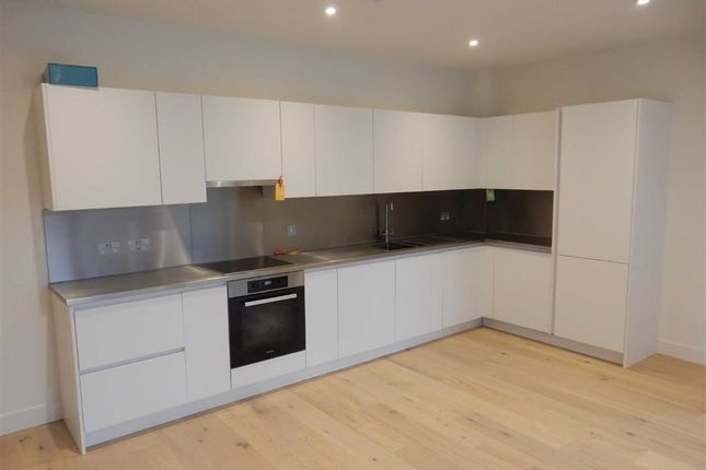 Thumbnail Flat for sale in Material Walk, Hayes, Middlesex
