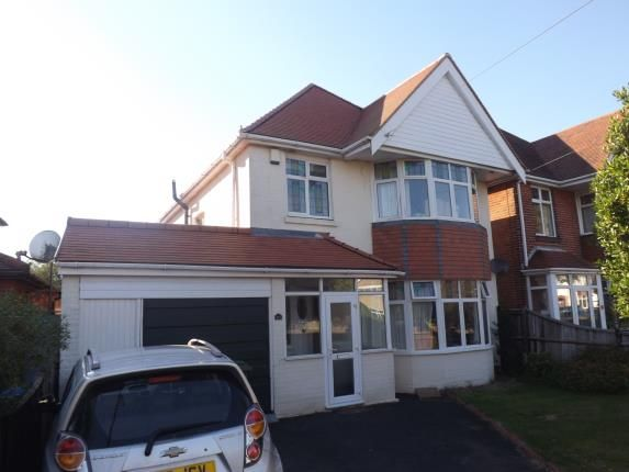Thumbnail Detached house for sale in Radway Road, Shirley, Southampton