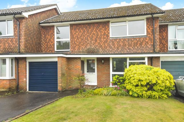Thumbnail Semi-detached house to rent in Devonshire, Amersham