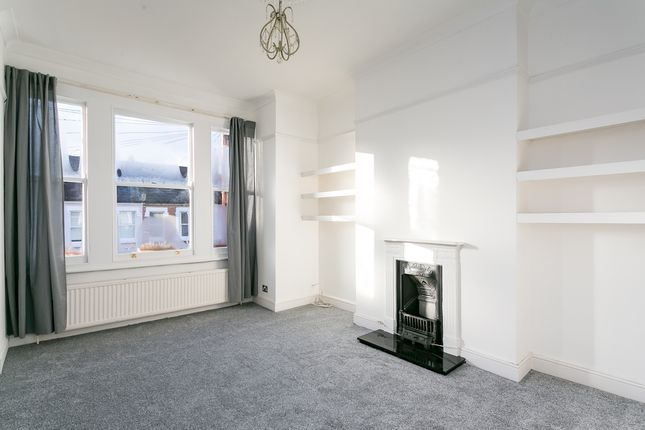 Thumbnail Flat to rent in Norfolk House Road, London