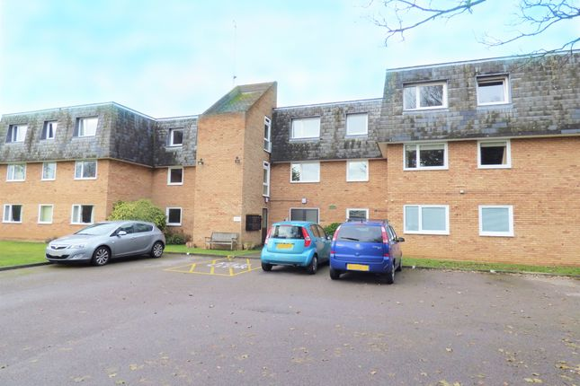 Thumbnail Flat for sale in Manor Drive, Kempston, Beds