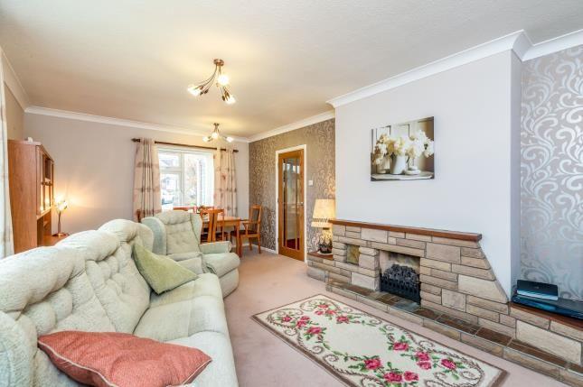 Living Room of Frances Avenue, Warwick, Warwickshire CV34