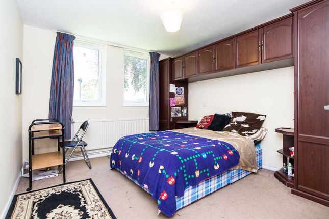 Bedroom Two of Hilldrop Crescent, Tufnell Park, London N7