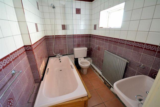 Bathroom of Cooperative Street, Shildon DL4