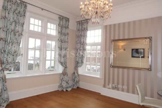 Thumbnail Flat to rent in Pentonville, Newport, Gwent.