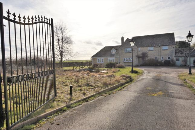 Thumbnail Detached house for sale in Shilton, Burford