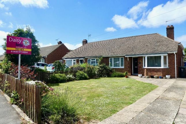 Thumbnail Semi-detached house to rent in Offham Road, West Malling