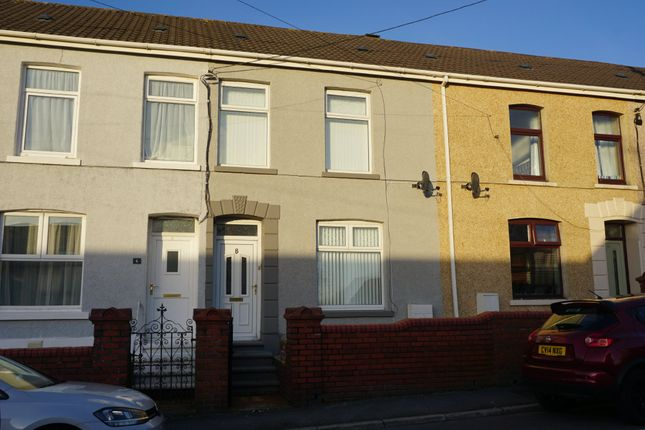 2 bed terraced house to rent in Llwynhendy Road, Llanelli SA14