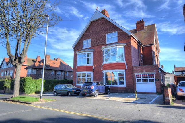 Thumbnail Flat for sale in Cardigan Road, Bridlington