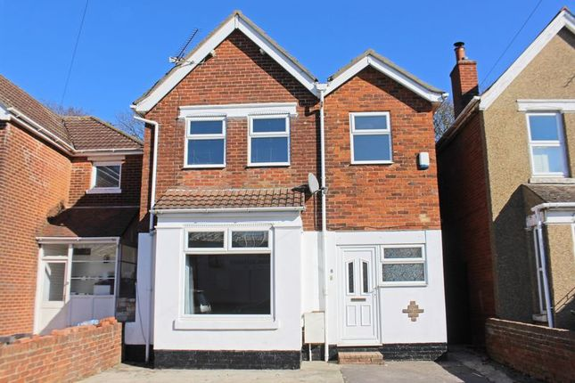 Thumbnail Detached house for sale in Hawkeswood Road, Southampton