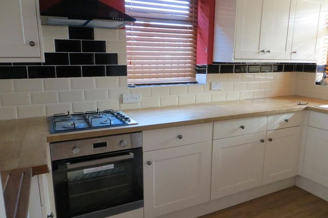 Thumbnail Semi-detached house to rent in Marlborough Avenue, Hull, East Yorkshire