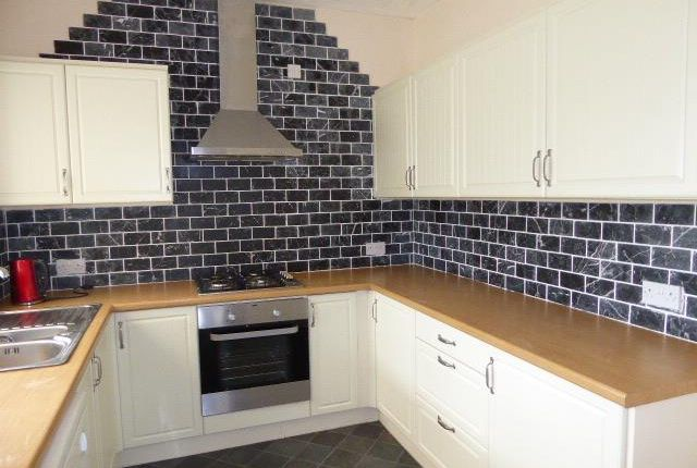 Thumbnail Semi-detached house to rent in Stratford Road, Milford Haven